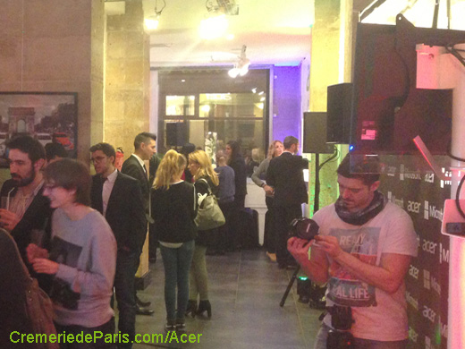 int�rieur du Acer Pop Up Store