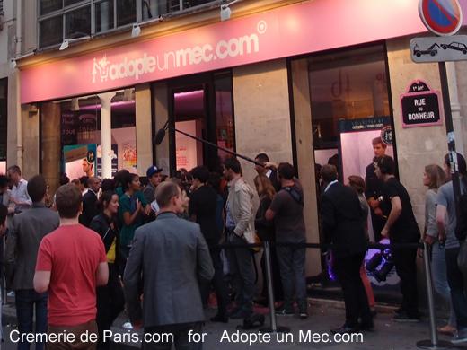 pop up store launch rue du bonheur la cremerie de paris. Black Bedroom Furniture Sets. Home Design Ideas
