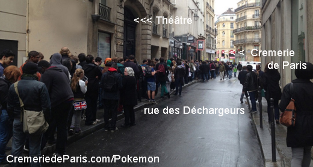 file d'attente devant la Cremerie de Paris / Pokemon Center
